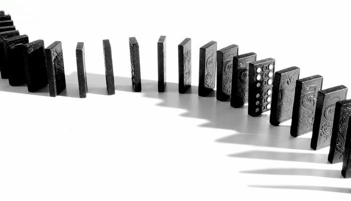 dominoes-09