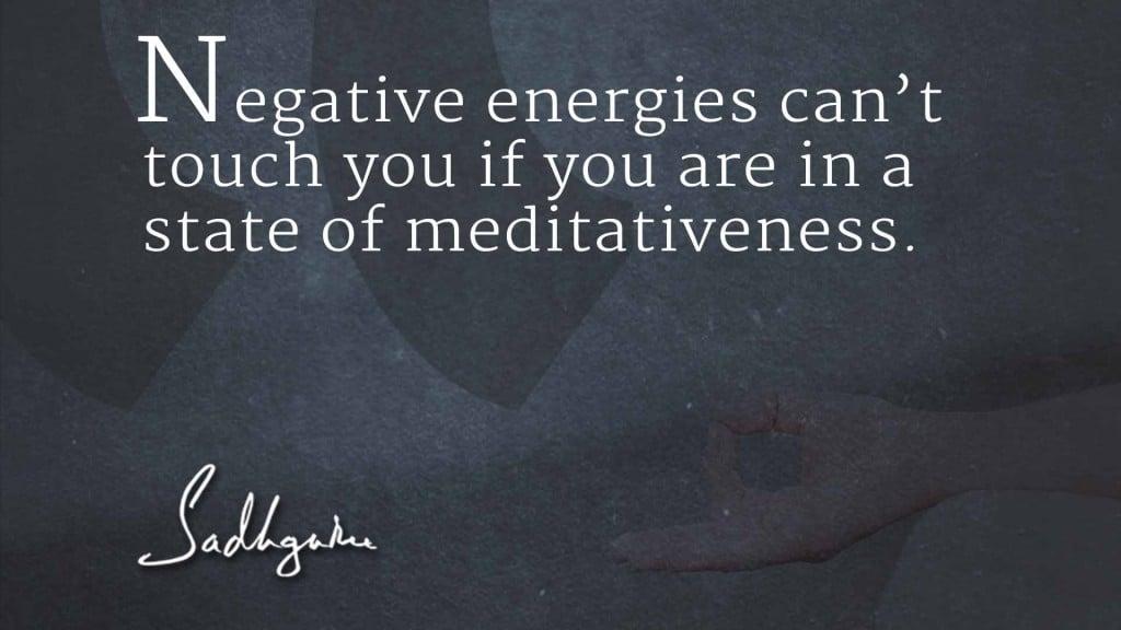 sadhguru-quote-on-meditation-2