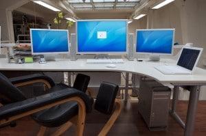 Corner Desk Setups