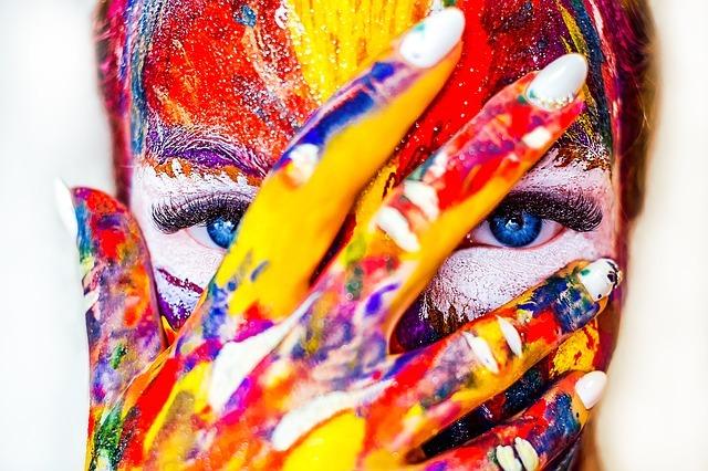 brain tricks - paint on face